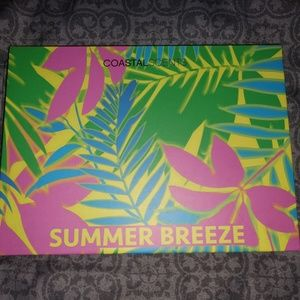 New Coastal Scents Summer Breeze Palette